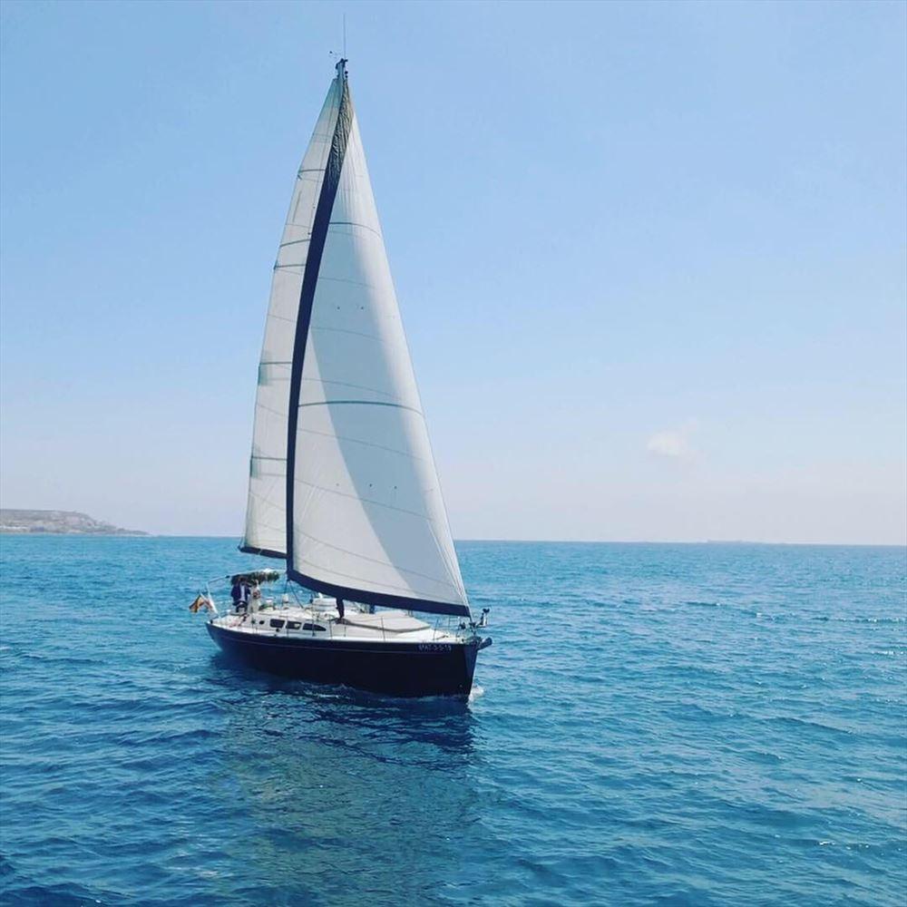 Jeanneau Sun Odyssey 43 'OCEANUS' (1)